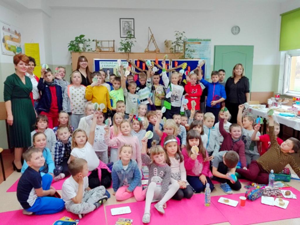 spotkanie autorskie z Katarzyną Moryc w szkole w Dobieszu